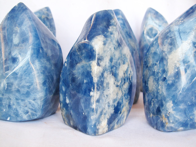 blue-calcite-gemstone-flame-hand-polished-carvings1